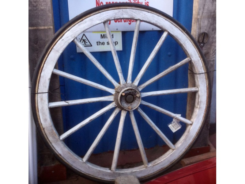 Old wheels pair publicscrutiny Choice Image